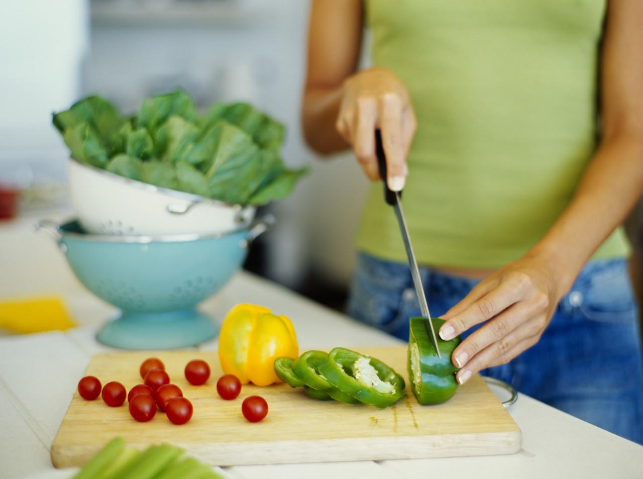 przygotowwanie owocow i warzyw do wyciskarki